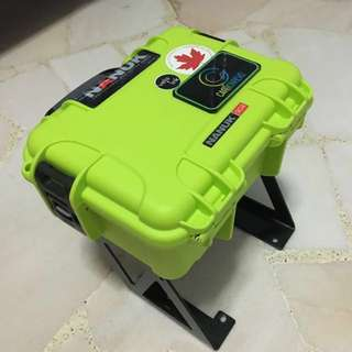 Nanuk 904 case with bracket