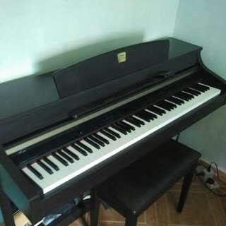 Yamaha Clavinova CLP-340 Digital Piano