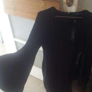 Decjuba Nieve Bell Sleeve Dress Size S