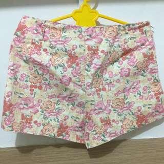 celana pendek bunga2