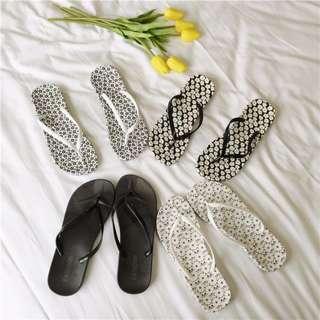 (預)夏款印花碎花平底塑膠夾腳拖鞋