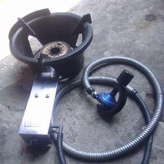 "Kompor Gas & Slang Regulator Merk ""Rinai"""