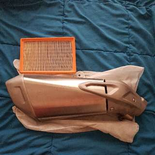 Bmw s1000xr stock endcan and air filter perfect condition