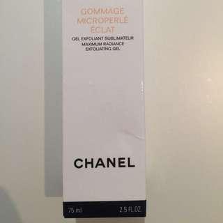 Chanel Gommage Microperle Eclat - Maximum Radiance Exfoliating Gel