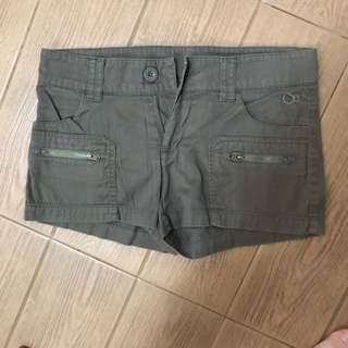 OP army green shorts with zippers