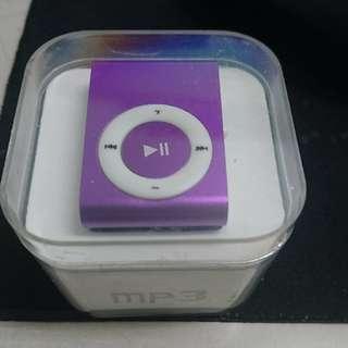 🚚 MP3/紫色/全新/背夾/插卡/耳機/傳輸線