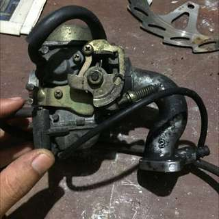 Unidentified Carburetor