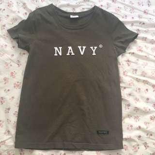 NAVY 軍綠色T shirt