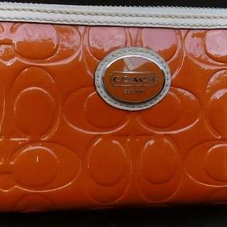 Authentic Coach Peyton Embossed Zip wallet