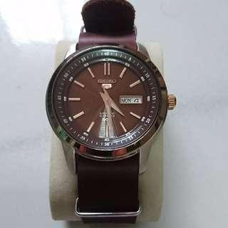 Seiko 5 SNKM90K1 Automatic (dress watch only)
