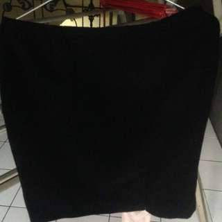 Rok Mini Hitam