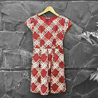 EMBOSSED RED MINI DRESS