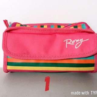 Roxy Pouch