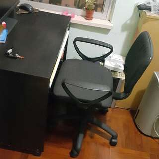 電腦枱及椅 30x20x30 cm