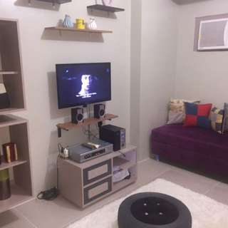 Fully Furnished Condo Very Near The Airport