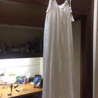 長板純白細肩洋裝