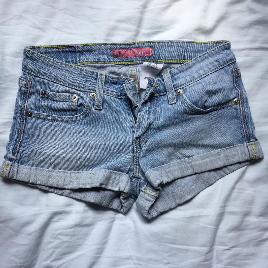 95% new Levis 女裝 短褲 牛仔短褲 包郵
