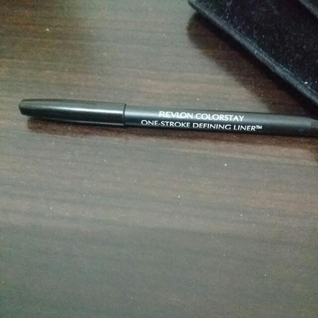 露華濃眼線膠筆