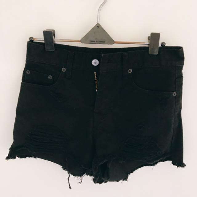 韓國帶回黑色斜口設計修身短褲