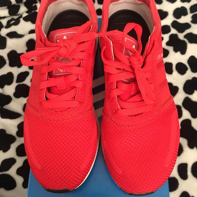 "ADIDAS ""LOS ANGELES"" - RED/WHITE - SIZE 6 WOMENS"