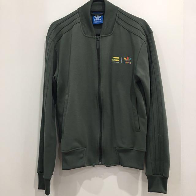 Adidas Originals X Pharrell Williams Supercolour track jacket