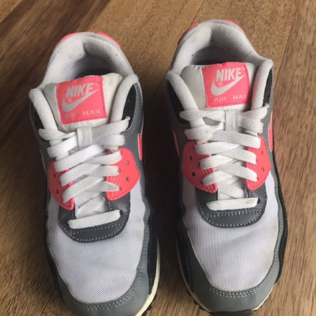 AIRMAX size- 7.5