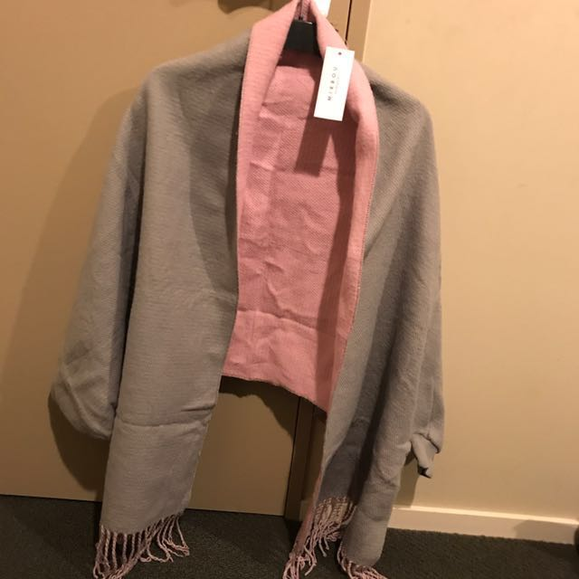 Blanket Poncho - grey and Pink