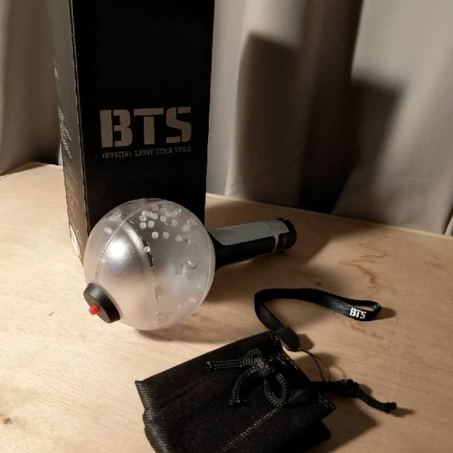 BTS ~ ARMY BOMB LIGHT STICK VERSION 2