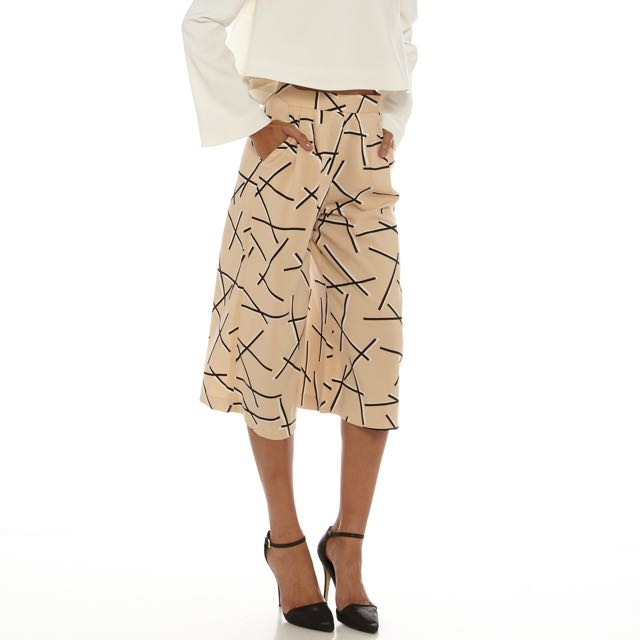 CAMEO COLLECTIVE nude culottes with geo print