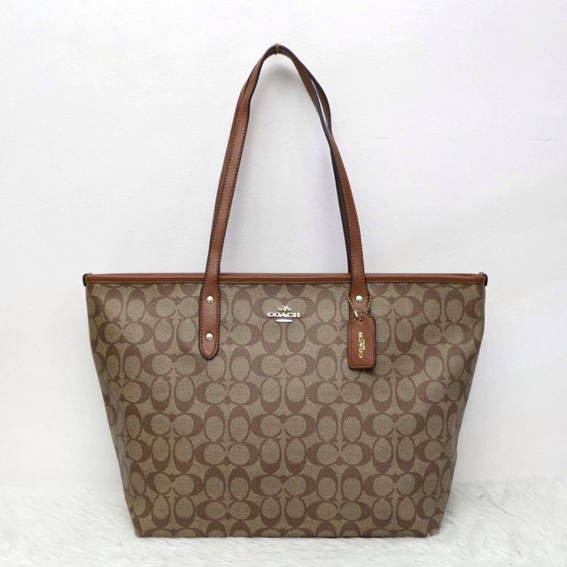 ee5e0a0f4876 sweden coach classic tote luxury bags wallets on carousell 4b727 25e71