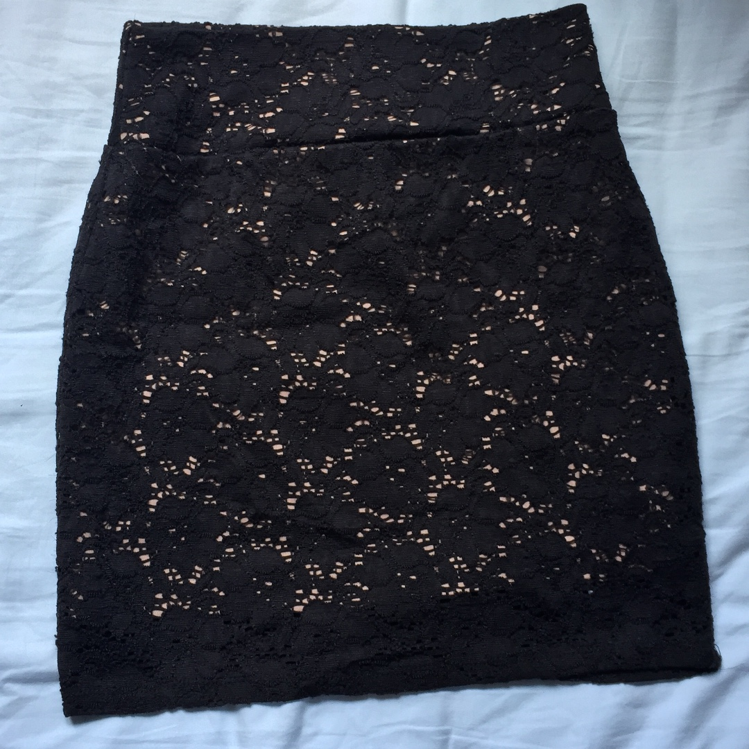 Cotton On 95% New 半截裙 短裙 黑色 Lace 蕾絲 包郵