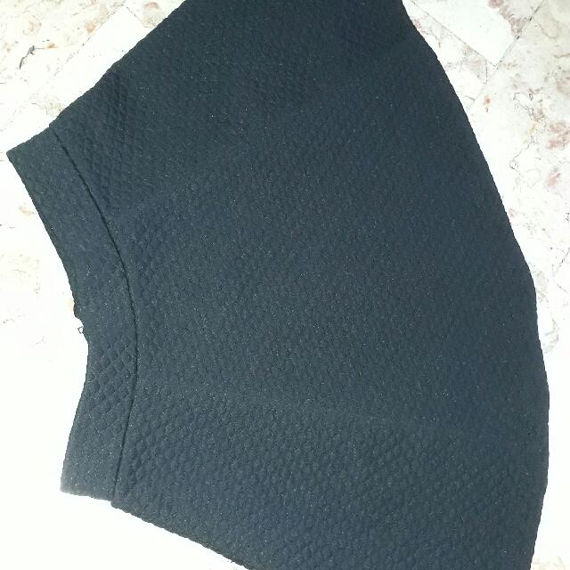 cotton skirt branded(DIVIDED)