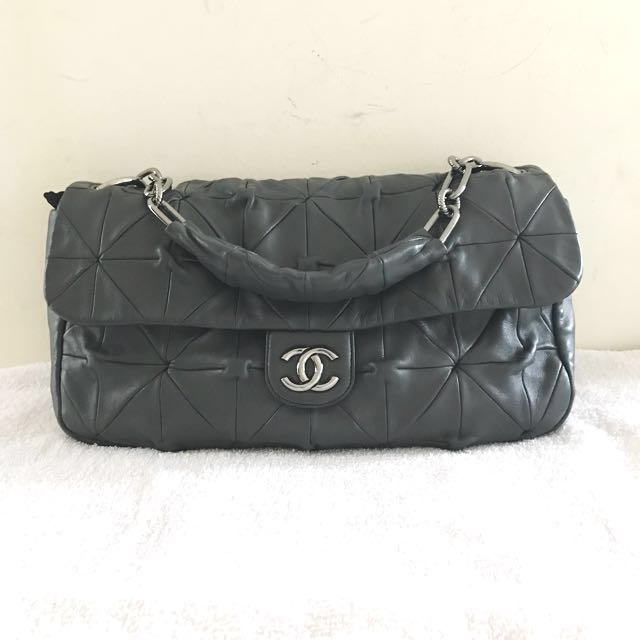d2fe4a2c8363 FAST SALE Chanel Bag XL Size, Luxury, Bags & Wallets on Carousell