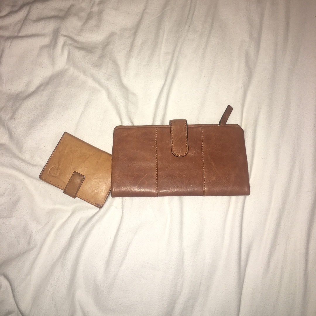 Leather wallet and card holder