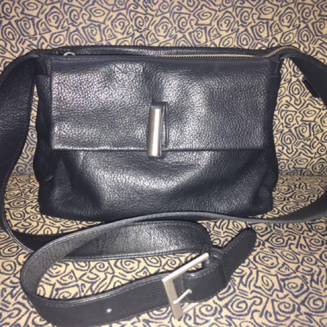 No Brand Leather Sling Bag