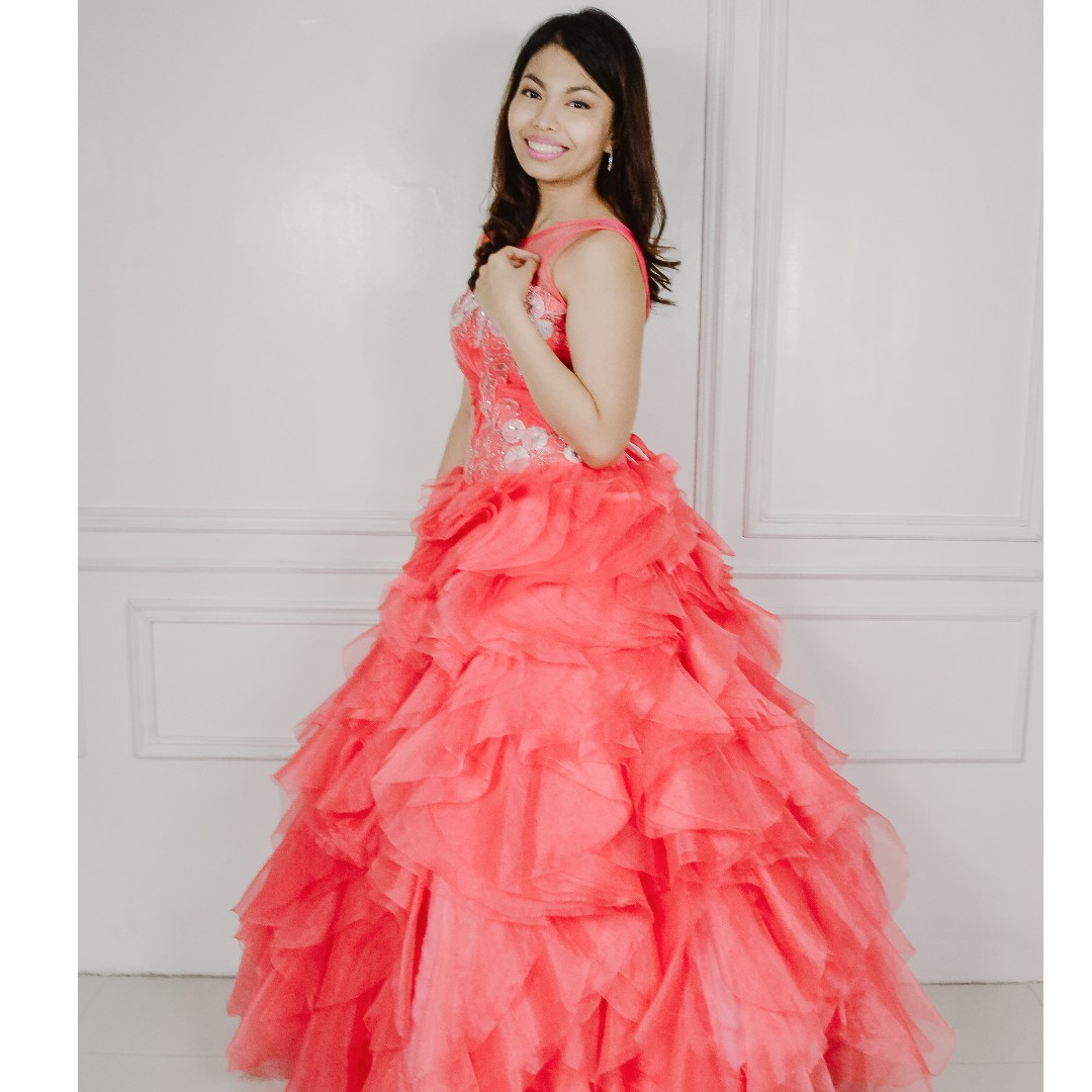 Pomelo Organza Ball Debut Gown, Women\'s Fashion, Clothes on Carousell