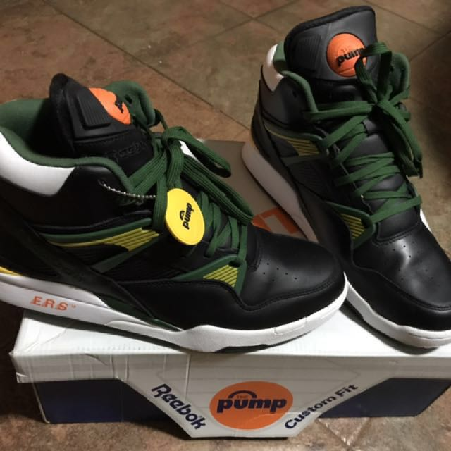 60ba9efa366f2 Reebok Classic Pump basketball shoe
