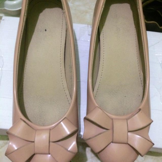 Sepatu wedges beli di apple green