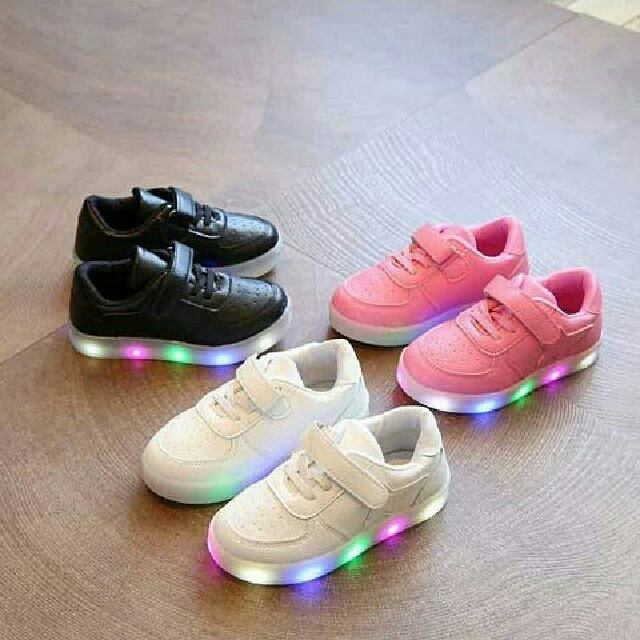 STAR SYNTHETIC SHOES / SEPATU ANAK
