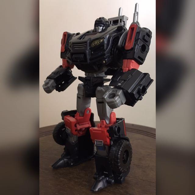 Transformers IDW De luxe Class Trailcutter