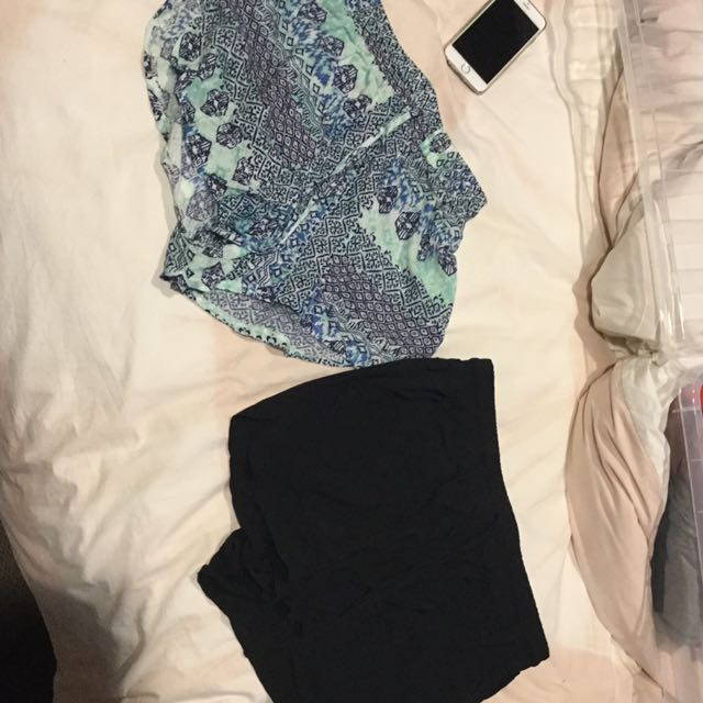Two pairs of shorts ! 5 each