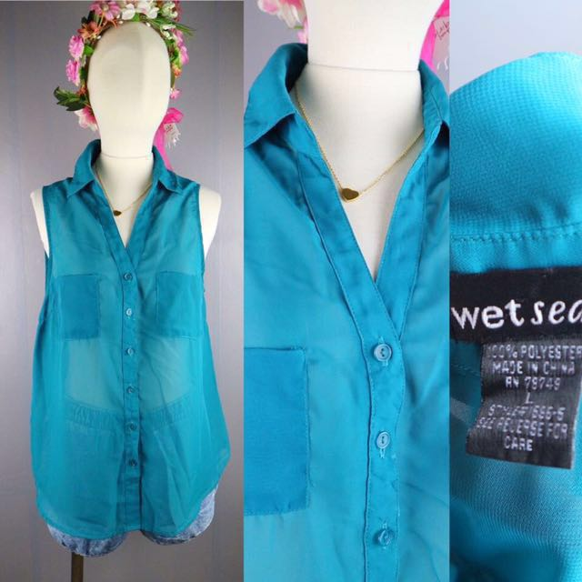 West sea collared top