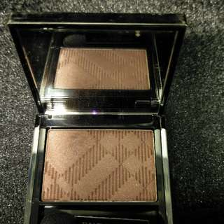 Burberry Sheer Eye Shadow-Mulberry