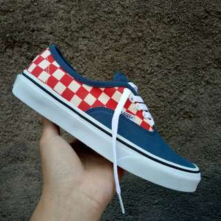 SEPATU VANS AUTHENTIC CHECKERBOARD NAVY RED PREMIUM DT BNIB (Brand New In Box) FULL TAG MADE IN CHINA