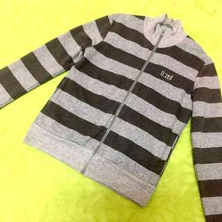 TIZED Sweater