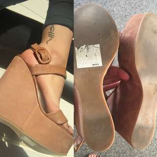 TONY BIANCO WEDGES
