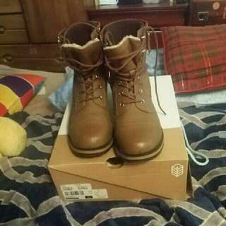 spring combat boots