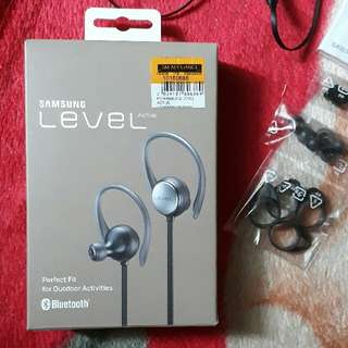 Samsung Level Active Bluetooth Headset