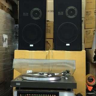 山水黑膠唱盤,擴音,喇叭。