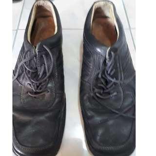 Orig Men's Shoes Preloved